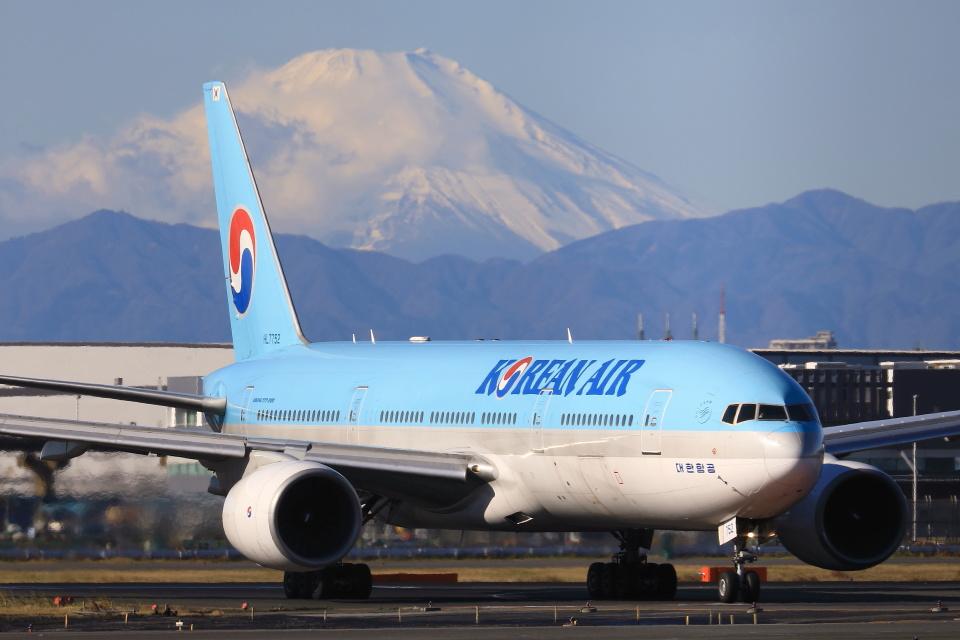 take_2014さんの大韓航空 Boeing 777-200 (HL7752) 航空フォト