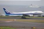 航空研究家さんが、羽田空港で撮影した全日空 777-281/ERの航空フォト(写真)