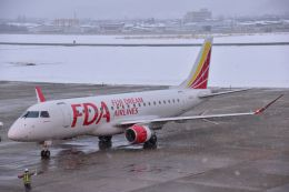 joepoさんが、山形空港で撮影したフジドリームエアラインズ ERJ-170-200 (ERJ-175STD)の航空フォト(飛行機 写真・画像)