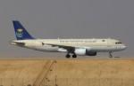 KAZKAZさんが、キング・ハーリド国際空港で撮影したサウディア A320-214の航空フォト(写真)