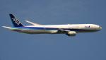 kenko.sさんが、新千歳空港で撮影した全日空 777-381の航空フォト(写真)