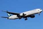 まえちんさんが、成田国際空港で撮影したキャセイパシフィック航空 777-367の航空フォト(写真)