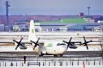 hidetsuguさんが、新千歳空港で撮影したリンデン・エアカーゴ L-100-30 Herculesの航空フォト(写真)