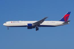 PASSENGERさんが、ロサンゼルス国際空港で撮影したデルタ航空 767-432/ERの航空フォト(飛行機 写真・画像)