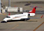 bluesky05さんが、羽田空港で撮影したプレミエア EMB-135BJ Legacy 650の航空フォト(写真)