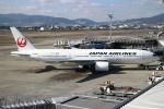 ★azusa★さんが、伊丹空港で撮影した日本航空 777-289の航空フォト(写真)