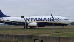 X-Airlinesさんが、ボーンマス空港で撮影したライアンエア 737-8ASの航空フォト(飛行機 写真・画像)