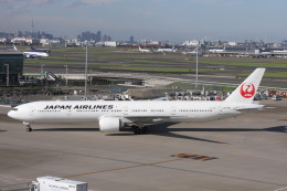 ぐっちーさんが、羽田空港で撮影した日本航空 777-346/ERの航空フォト(飛行機 写真・画像)
