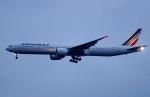 kaeru6006さんが、羽田空港で撮影したエールフランス航空 777-328/ERの航空フォト(写真)