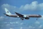 tassさんが、マイアミ国際空港で撮影したアメリカン航空 757-223の航空フォト(写真)