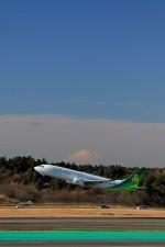 ☆ライダーさんが、成田国際空港で撮影した春秋航空日本 737-86Nの航空フォト(写真)