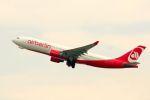 まいけるさんが、スワンナプーム国際空港で撮影したエア・ベルリン A330-223の航空フォト(写真)