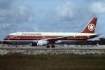 tassさんが、フォートローダーデール・ハリウッド国際空港で撮影したエア・カナダ A320-211の航空フォト(飛行機 写真・画像)