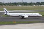 rjジジィさんが、デュッセルドルフ国際空港で撮影したエーゲ航空 A321-232の航空フォト(写真)