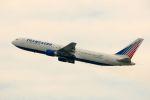 まいけるさんが、スワンナプーム国際空港で撮影したトランスアエロ航空 767-37E/ERの航空フォト(写真)