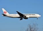 バーダーさんが、新千歳空港で撮影した日本航空 777-289の航空フォト(写真)