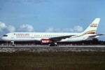 tassさんが、フォートローダーデール・ハリウッド国際空港で撮影したカナダ3000 757-28Aの航空フォト(飛行機 写真・画像)