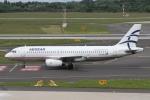 rjジジィさんが、デュッセルドルフ国際空港で撮影したエーゲ航空 A320-232の航空フォト(写真)