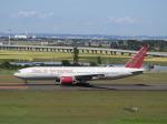 SKY☆MOTOさんが、仙台空港で撮影したオムニエアインターナショナル 777-2U8/ERの航空フォト(写真)