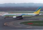 プルシアンブルーさんが、新千歳空港で撮影したAIR DO 767-33A/ERの航空フォト(写真)
