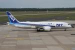 rjジジィさんが、デュッセルドルフ国際空港で撮影した全日空 787-8 Dreamlinerの航空フォト(写真)