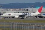 MOR1(新アカウント)さんが、福岡空港で撮影した日本航空 777-246の航空フォト(写真)