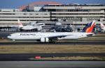 スポット110さんが、羽田空港で撮影したフィリピン航空 777-3F6/ERの航空フォト(写真)