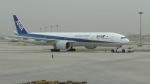 Yasuhiro Takeuchiさんが、北京首都国際空港で撮影した全日空 777-381/ERの航空フォト(写真)