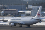 NOTE00さんが、青森空港で撮影した日本航空 737-846の航空フォト(飛行機 写真・画像)
