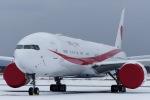 Snow manさんが、新千歳空港で撮影した航空自衛隊 777-3SB/ERの航空フォト(写真)