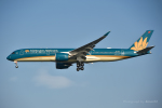 kina309さんが、羽田空港で撮影したベトナム航空 A350-941XWBの航空フォト(写真)