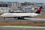 kan787allさんが、福岡空港で撮影したデルタ航空 767-332/ERの航空フォト(写真)
