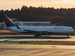 名無しの権兵衛さんが、成田国際空港で撮影したデルタ航空 767-332/ERの航空フォト(写真)