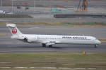 プルシアンブルーさんが、羽田空港で撮影した日本航空 MD-90-30の航空フォト(写真)
