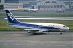 Gambardierさんが、羽田空港で撮影した全日空 737-281/Advの航空フォト(写真)