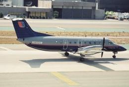 キイロイトリさんが、ロサンゼルス国際空港で撮影したスカイウエスト EMB 120ERの航空フォト(飛行機 写真・画像)