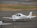 sp3混成軌道さんが、岡南飛行場で撮影した日本法人所有 SR22 GTSの航空フォト(写真)