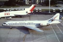 tassさんが、パリ オルリー空港で撮影したフランス空軍 SE-210 Caravelle 10B1Rの航空フォト(飛行機 写真・画像)
