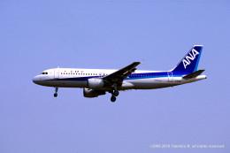 Takehiro-2018さんが、伊丹空港で撮影した全日空 A320-211の航空フォト(飛行機 写真・画像)