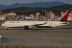 MOR1(新アカウント)さんが、福岡空港で撮影したデルタ航空 767-332/ERの航空フォト(写真)
