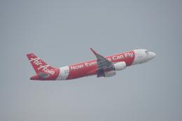 神宮寺ももさんが、香港国際空港で撮影したタイ・エアアジア A320-216の航空フォト(写真)