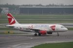 ガペ兄さんが、アムステルダム・スキポール国際空港で撮影したチェコ航空 A319-112の航空フォト(写真)