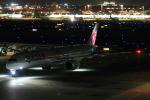 やつはしさんが、羽田空港で撮影したカタール航空 A350-1041の航空フォト(写真)