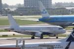 ガペ兄さんが、アムステルダム・スキポール国際空港で撮影したエア・マルタ A319-111の航空フォト(写真)