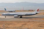 Koenig117さんが、関西国際空港で撮影した中国国際航空 A330-343Eの航空フォト(写真)