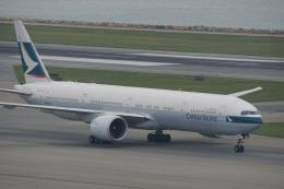 神宮寺ももさんが、香港国際空港で撮影したキャセイパシフィック航空 777-367/ERの航空フォト(写真)