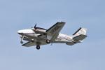 Tango-4さんが、高知空港で撮影した本田航空 Baron G58の航空フォト(写真)