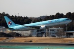 Wasawasa-isaoさんが、成田国際空港で撮影した大韓航空 737-9B5の航空フォト(写真)
