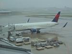 485k60さんが、福岡空港で撮影したデルタ航空 767-332/ERの航空フォト(写真)