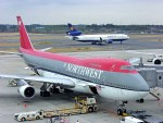 485k60さんが、成田国際空港で撮影したノースウエスト航空 747-251Bの航空フォト(飛行機 写真・画像)